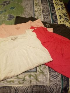 4 Ladies short tops porch pick up only