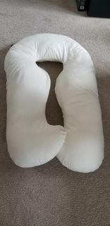 U shaped pregnancy pillow very clean
