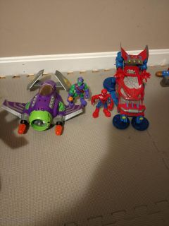 Spider man and green goblin toys