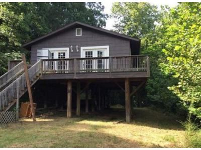 3 Bed 1 Bath Foreclosure Property in Clendenin, WV 25045 - Highland Dr
