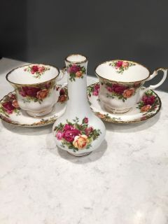 Royal Albert Bone China 2 cups and saucers and a bud vase