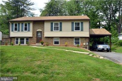 17924 Archwood Way OLNEY, Rarely available Five BR/3