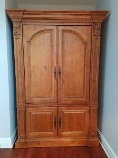 Stunning Ethan Allen Real Wood Armoire!