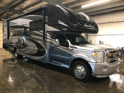 2017 Thor Motor Coach FOUR WINDS SUPER C 35SB