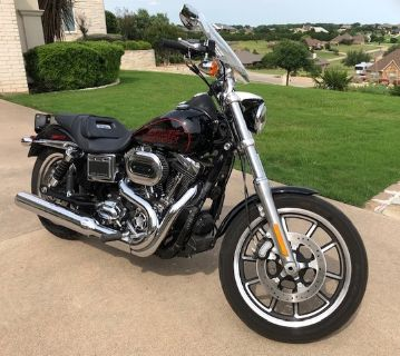 2017 Harley-Davidson® Dyna® Low Rider®