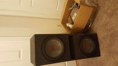 Alpine 12in subwoofers with amps