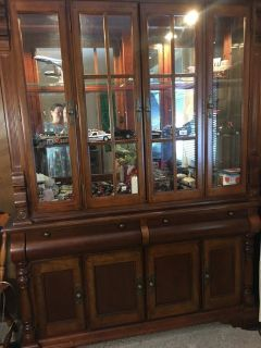 REDUCED REDUCED REDUCED ONCE AGAIN Beautiful China Cabinet