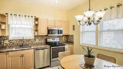 11 Griswold Dr. #D Salem Two BR, Welcome home to Pickman Park!