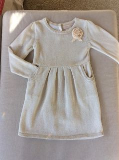 Size 4t dress or tunic sweater (never dried in the dryer and delicate washed only) EUC
