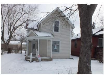 4 Bed 1 Bath Foreclosure Property in Owosso, MI 48867 - Alger Ave