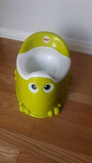 Fisher price potty (CLEAN)
