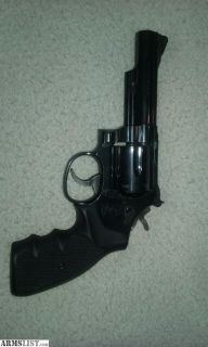 For Sale: s&W model 19