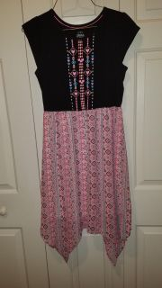 Great Dress with scalloped bottom, excellent condition.