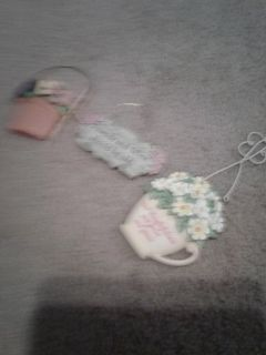Little smalls cute for decorating sorry picture is blurry but the are very cute $1
