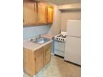 St. Cloud One BR/One BA Available for Immediate Move In!