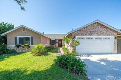 5801 Spa Drive HUNTINGTON BEACH Four BR, Fantastic Interior