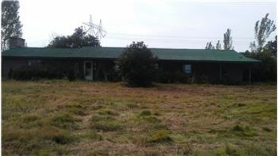 $255,000, 2500 Sq. ft., 1800 State Hwy 10 W - Ph. 479-754-3110