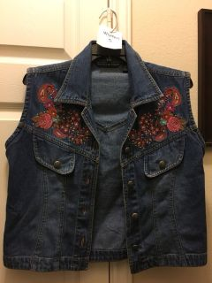 women Small denim vest