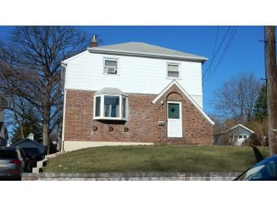 Preforeclosure Property in Wood Ridge, NJ 07075 - Windsor Rd