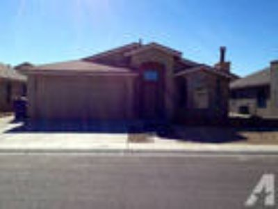 $1200 / 3 BR - 1350ft - 3 Room Newer house m Main A/D