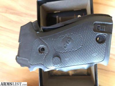 For Sale: Crimson Trace laser grips for Sig P220
