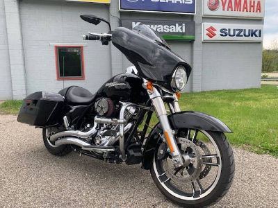 2016 Harley-Davidson Street Glide Touring Brilliant, OH