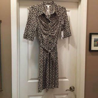 Fitted Dress with Front Rouching, Sz 10, Beige/Black pattern, New with Tags