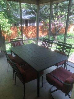 Patio furniture w New Umbrella & Stand