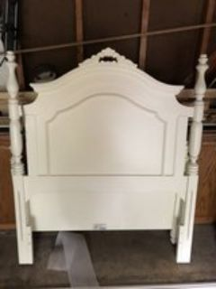 Twin size girls bed