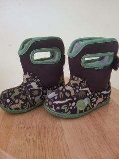 Toddler Size 5 boggs