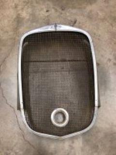 '32 Chevrolet Grille Shell & Insert