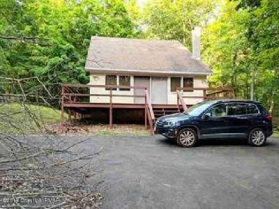 326 Otter Court Bushkill Three BR, Turnkey Vacation Home or