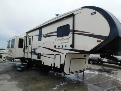 2019 Forest River Cardinal Limited 3780LFLE
