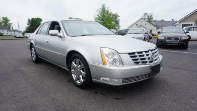 2007 Cadillac DTS Base (Gray)