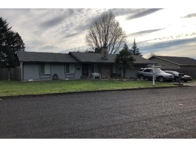 2 Bed 1.8 Bath Preforeclosure Property in Vancouver, WA 98682 - NE Wildrose Dr