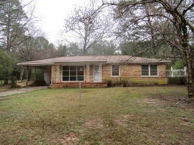 3 Bed 1 Bath Foreclosure Property in Marshall, TX 75672 - Forest Trl