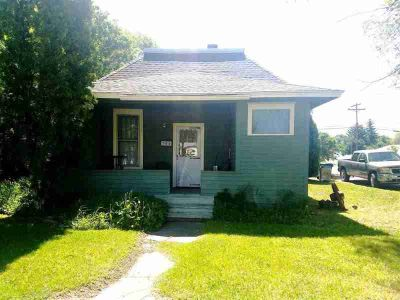 700 N Shilling Blackfoot One BR, This cozy home has a nice