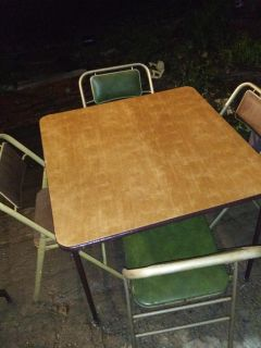 Folding Card Table w/4 Padded Chairs
