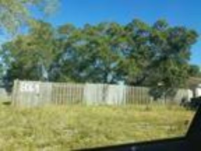 Land for Sale by owner in Saint Petersburg, FL