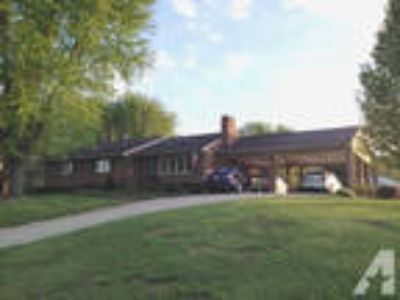 $157000 / 4 BR - Brick ranch with studio apartment close to LU
