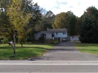 3 Bed 1.5 Bath Foreclosure Property in Fulton, NY 13069 - Co Rt 57