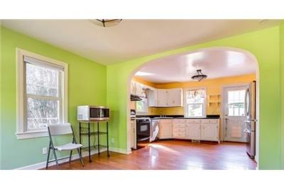 Gorgeous Alexandria, 3 bedroom, 3 bath. Washer/Dryer Hookups!
