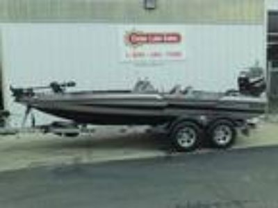 2018 Bass Cat Boats CARACAL PREMIUM
