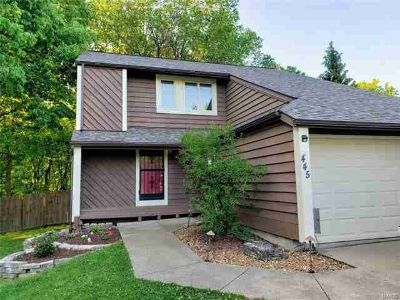 445 Blue Bird Ln TROY, This is a spacious home with Three BR
