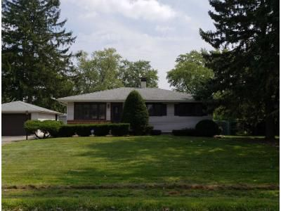 3 Bed 1 Bath Preforeclosure Property in Glen Ellyn, IL 60137 - Mildred Ave