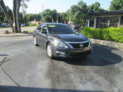 2014 Nissan Altima 2.5 (Gray)