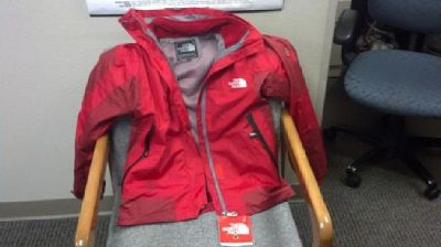 $110 OBO Women's North Face Jacket-NEW Size Medium