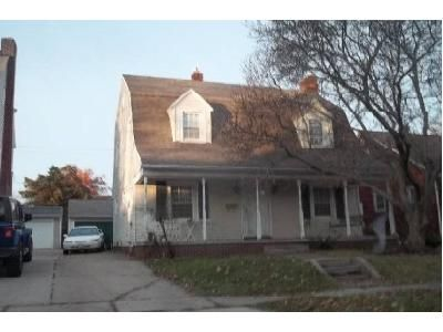 4 Bed 1.5 Bath Preforeclosure Property in Toledo, OH 43613 - Charlestown Ave