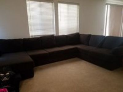 large sectional w/chase