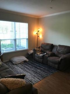 $1280 / 1br - 751ft2 - Take over our 1 Bedroom Lease. First FULL Month Rent FREE!!!